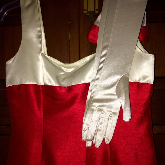 Ball Gown Gloves